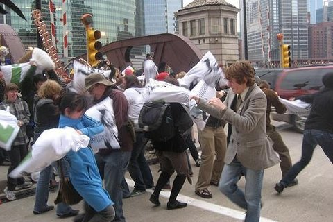 Photo-Pillow-Fight